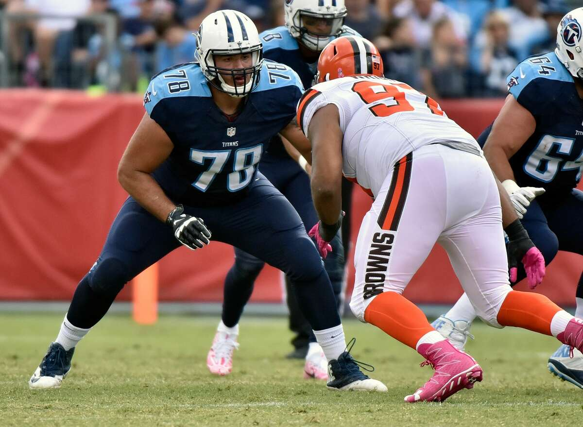 NASHVILLE, TN - OCTOBER 16: Jack Conklin #78 of the Tennessee Titans plays against the Cleveland Browns at Nissan Stadium on October 16, 2016 in Nashville, Tennessee. (Photo by Frederick Breedon/Getty Images)