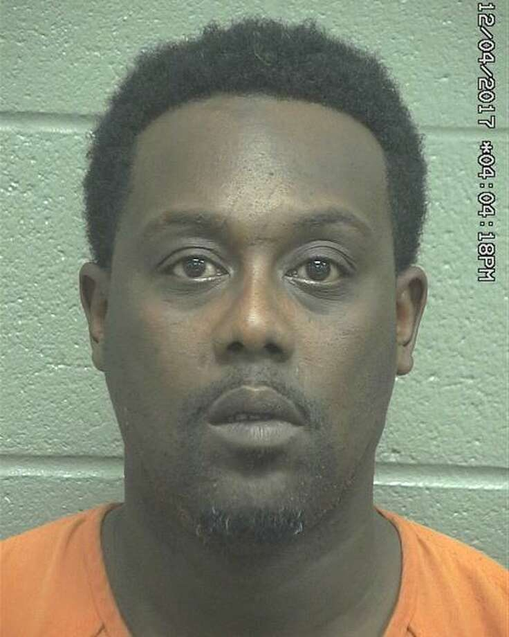 Derrick Emile Lee, 45, from Grand Prairie was arrested Tuesday after he allegedly put a woman at risk of being assaulted by a knife, according to court documents. Photo: Midland County Sheriff's Office