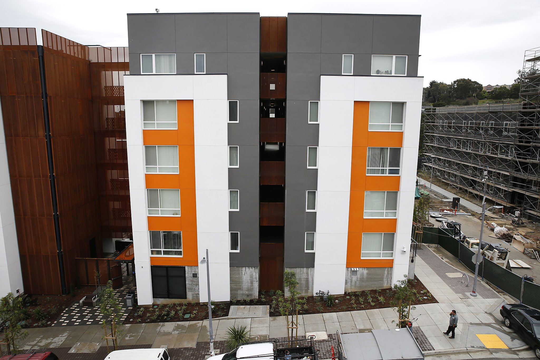 House hunters san francisco bay - The New Hunters Point Public Housing Near Middle Point Road On Tuesday April 11 Audit Shows Sf Housing