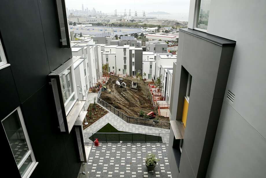 The developing Hunters Point public housing near Middle Point Road on Tuesday, April 11, 2017, in San Francisco, Calif. Photo: Santiago Mejia, The Chronicle