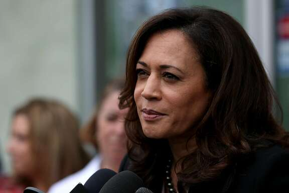 Sen. Kamala Harris (D-Calif.) in Los Angeles on February 21, 2017. Amid all the self-reflection and infighting among Democrats about how they find their way out of the wilderness, Harris is emerging as a more nuanced political character than many on either side of the political line expected. (Katie Falkenberg/Los Angeles Times/TNS)