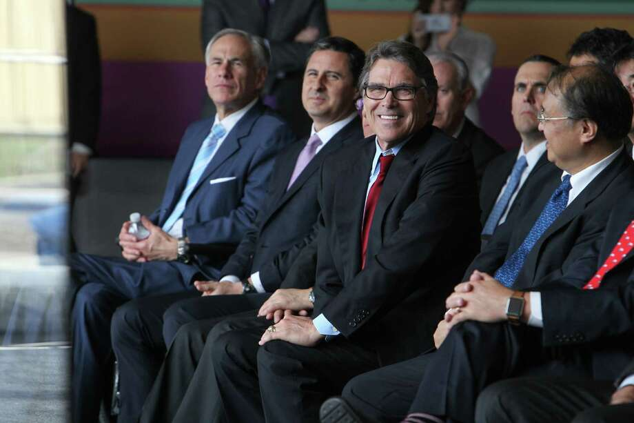 New Department of Energy Secretary Rick Perry smiles as he listens to his introduction at the Petra Nova Carbon Capture Plant Thursday, April 13, 2017, in Richmond. NRG Energy celebrates the official opening of its Petra Nova carbon capture plant--which captures carbon from a coal-fired power plant. Technically the plant has been operational since late last year. Plant is the largest of its kind in the world.  ( Steve Gonzales  / Houston Chronicle ) Photo: Steve Gonzales, Staff / © 2017 Houston Chronicle