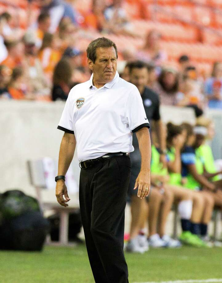 Houston Dash head coach Randy Waldrum on the field against the FC Kansas City during the second half of action between the Houston Dash and the FC Kansas City during a soccer game at BBVA Compass, Sunday, June 19, 2016, in Houston. FC Kansas City defeated Houston Dash 1-0. ( Juan DeLeon / for the Houston Chronicle ) Photo: Juan DeLeon, FRE / Houston Chronicle