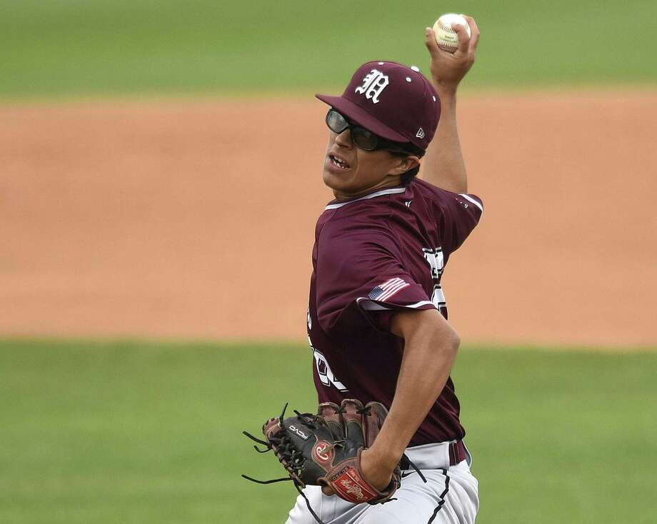 """He's a big-game guy,"" said Marshall coach Dennis Schlueter on his pitcher Branden Quintana. ""He mixes it up really well."" Photo: Billy Calzada / San Antonio Express-News / San Antonio Express-News"