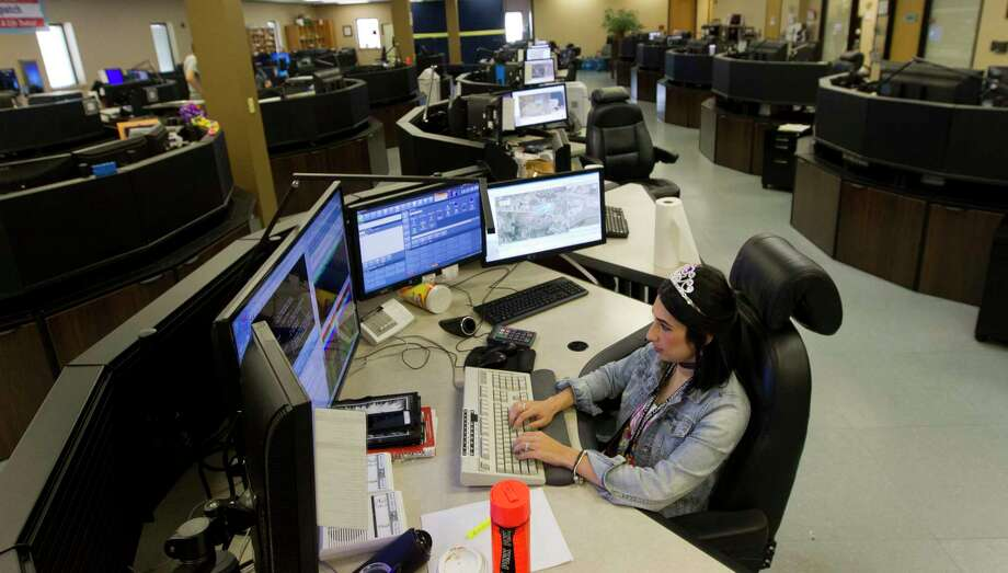 Montgomery County 911 dispatchers recognized for sometimes