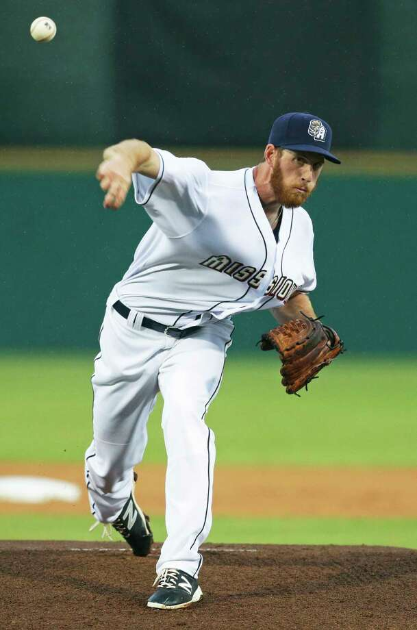 Michael Kelly gets the start for San Antonio as the Missions host Northwest Arkansas at Wolff Stadium on April 13, 2017. Photo: Tom Reel, San Antonio Express-News / 2017 SAN ANTONIO EXPRESS-NEWS