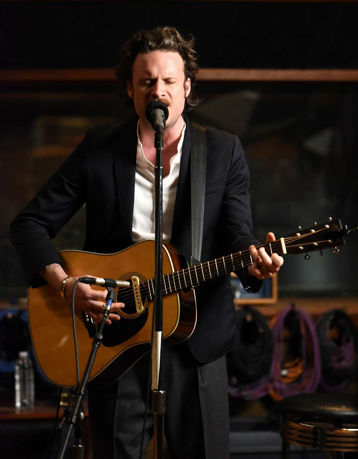 LOS ANGELES, CA - APRIL 06: Father John Misty Performs For SiriusXM at United Studios in Los Angeles at United Studios on April 6, 2017 in Los Angeles, California. (Photo by Vivien Killilea/Getty Images for SiriusXM)