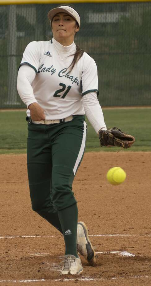 Midland College starting pitcher Crystine Kistner delivers a pitch 04-14-17 in the first game against Western Texas College. Tim Fischer/Reporter-Telegram Photo: Tim Fischer/Midland Reporter-Telegram
