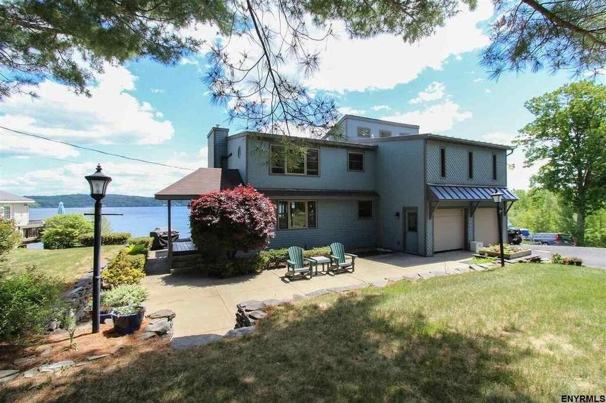 19 Tomahawk Lane, Saratoga Springs, $875,000 (Realtor.com)