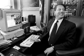 06/19/97 - The White House - Vice President Al Gore during interview with reporters, at his desk using his personal computer and talking about all the 'goodies' he has on it. PHOTOGRAPHER: James M. Thresher TWP.  (Photo by James M. Thresher/The Washington Post/Getty Images)