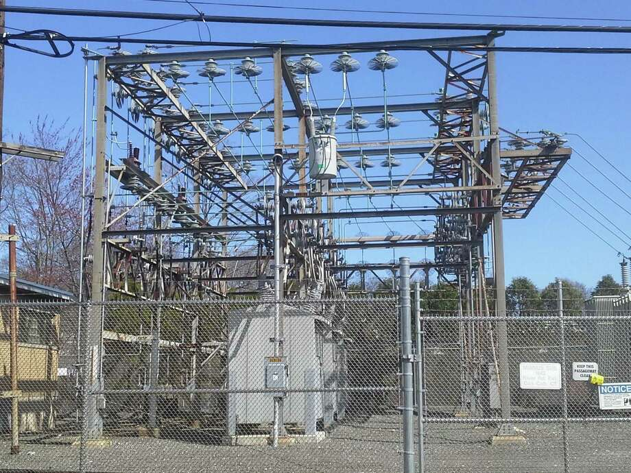 Eversource will be replacing one of the transformers at its Mianus distribution center on River Road Extension off the Post Road and will be closing the road during the work. Photo: Ken Borsuk /