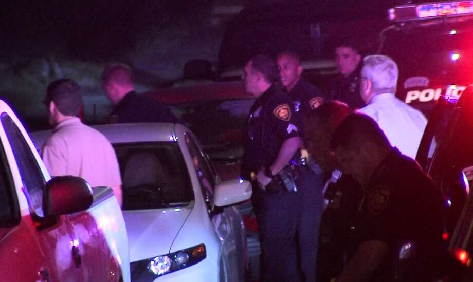 San Antonio police are investigating an officer involved shooting where they say a suspect was shot by police after refusing to drop a knife he was wielding Saturday, April 15, 2017. Photo: Pro 21 Video