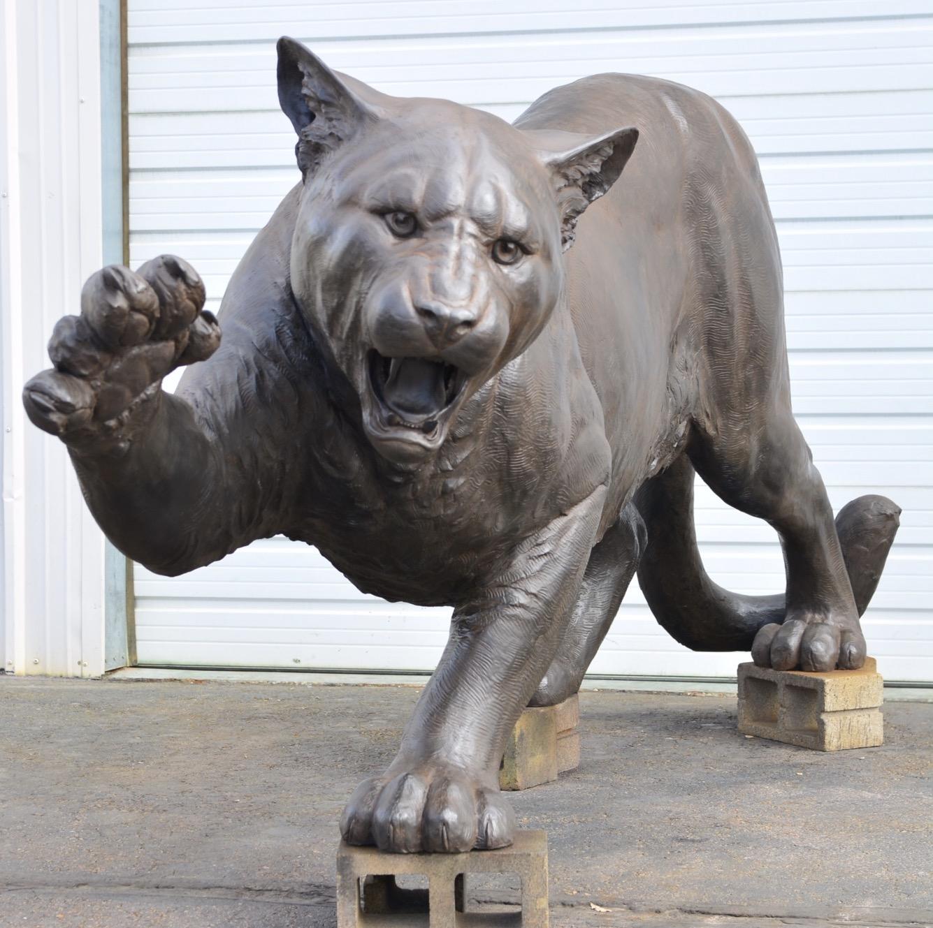 UH Unveils Bronze Cougar Statue Outside TDECU Stadium