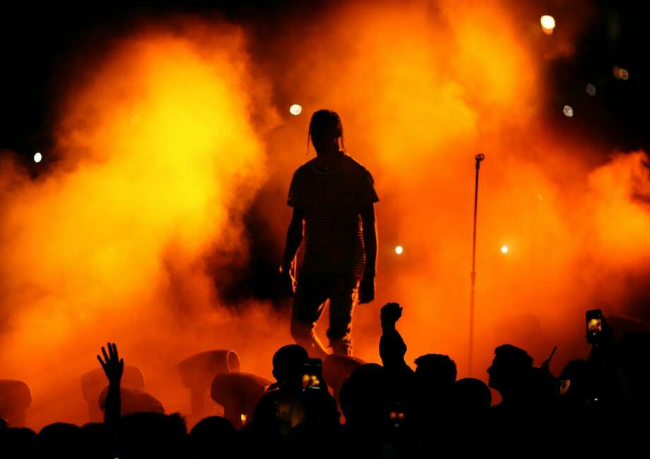 Rapper Travis Scott performs on the Outdoor Stage during day 1 of the Coachella Valley Music And Arts Festival (Weekend 1) at the Empire Polo Club on April 14, 2017 in Indio, California.  Photo: Christopher Polk/Getty Images For Coachella