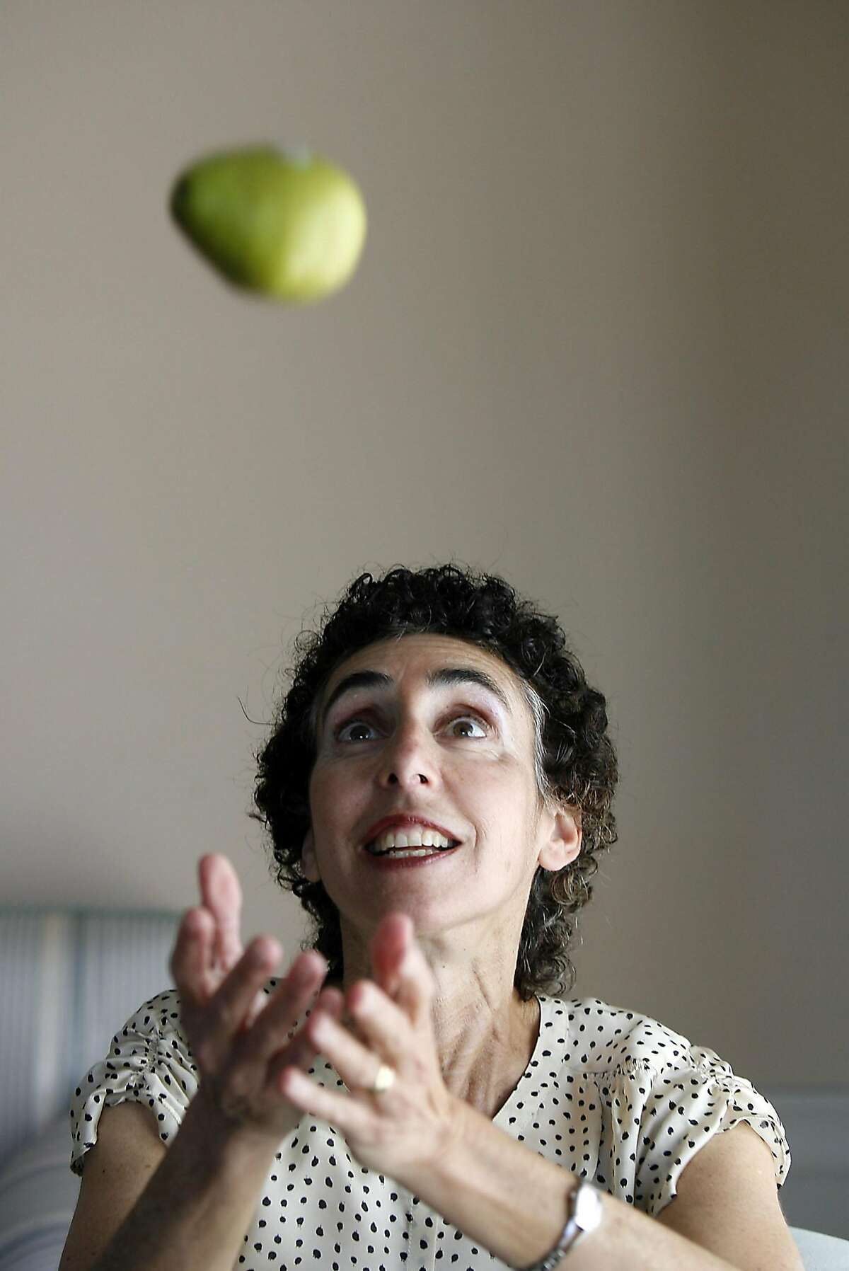 JA_WOLDOW_023_LH_.JPG A Jefferson Award profile on Dana Woldow, chair of the San Francisco Unified School District's Student Nutrition and Physical Activity Committee. Liz Hafalia/The Chronicle/San Francisco/4/3/07 **Dana Woldow cq Ran on: 04-15-2007 Dana Woldow is on a mission to get nutritious foods like fresh fruits and vegetables into public schools, and shes succeeding.