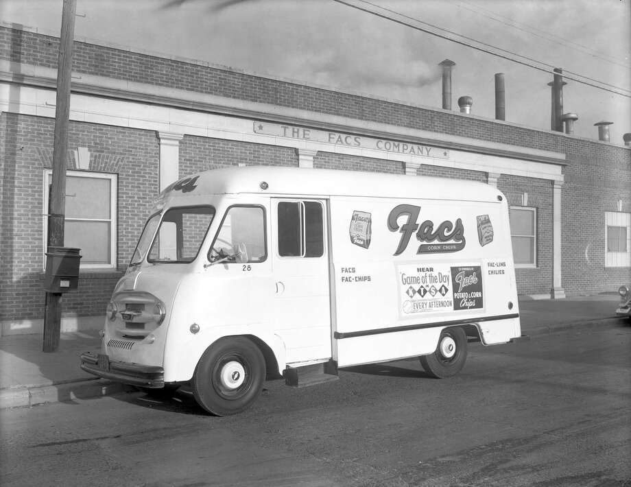 Facs Chips truck outside of the Facs Company at 423 Carolina Street. Photo: Zintgraff Photo /Courtesy UTSA Special Collections.