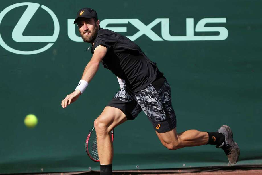 Steve Johnson, of the United States, prepares to hit a forehand to Jack Sock, of the United States, during the semifinals of the U.S. Men's Clay Court Championship tennis tournament at River Oaks Country Club on Saturday, April 15, 2017, in Houston. (Yi-Chin Lee / Houston Chronicle via AP) Photo: Yi-Chin Lee, Associated Press / ' 2017 Houston Chronicle