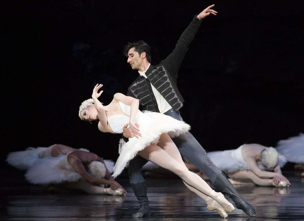 """From left: Vanessa Zahorian and Davit Karapetyan perform during San Francisco Ballet's """"Swan Lake"""" at the War Memorial Opera House on Saturday, April 15, 2017, in San Francisco, Calif. It was the married couple's last performance."""