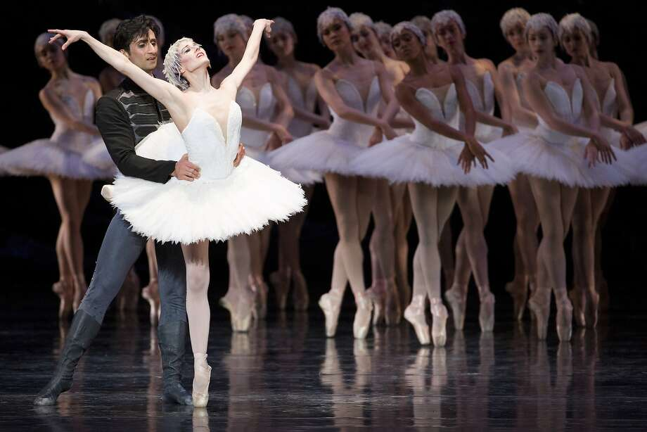 """Davit Karapetyan and Vanessa Zahorian perform in their final """"Swan Lake."""" The couple met at the San Francisco Ballet, and he proposed to her during a curtain call for """"Romeo and Juliet."""" Photo: Santiago Mejia, The Chronicle"""