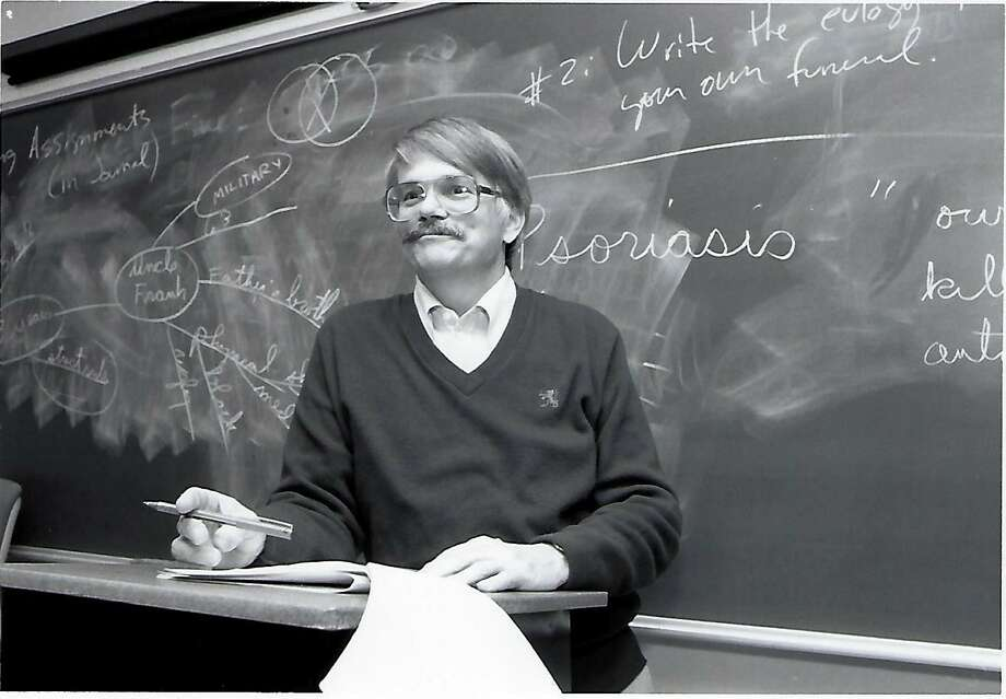 Bob Richmond started writing a weekly column, called The Report Card, in 1983 for the San Antonio Light. Photo: /