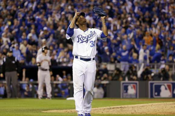 Kansas City Royals pitcher Yordano Ventura reacts after getting San Francisco Giants' Buster Posey to ground into an inning ending, bases loaded double play during the third inning of Game 6 of baseball's World Series Tuesday, Oct. 28, 2014, in Kansas City, Mo. (AP Photo/David J. Phillip)