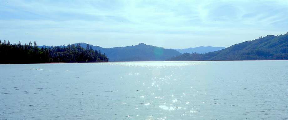 Shasta Lake, No. 1 in California for lake-based recreation, boating, camping, fishing, swimming and water sports, was 97 percent full this week. Temperatures are expected be in the 80s by Sunday Photo: Tom Stienstra, Tom Stienstra / The Chronicle
