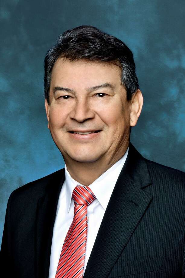 Alex Hinojosa has been named acting managing director of the San Antonio-based North American Development Bank. Photo: Courtesy Photo / Jonathan ALONZO