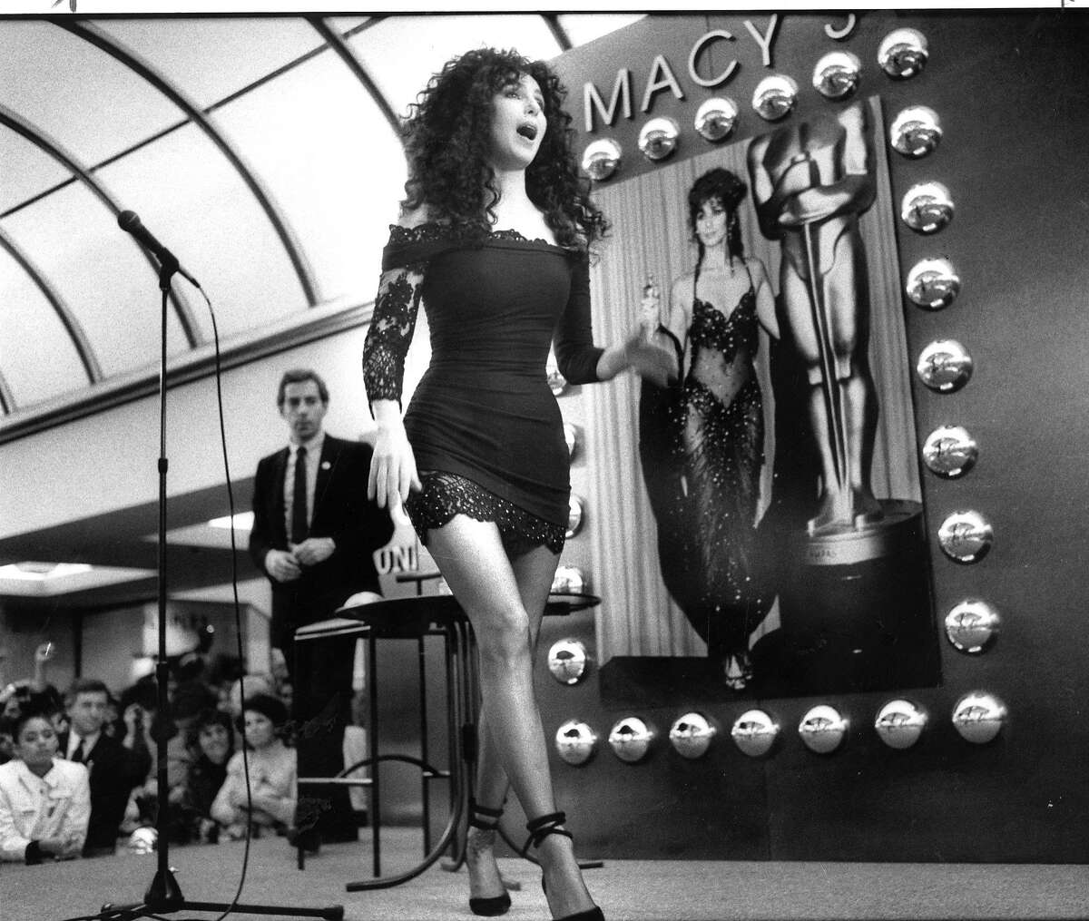Singer Cher, puts in an appearance at Macy's drawing a huge crowd. November 15, 1988 Photo ran 11/16/1988, P. B5 (batch 1)