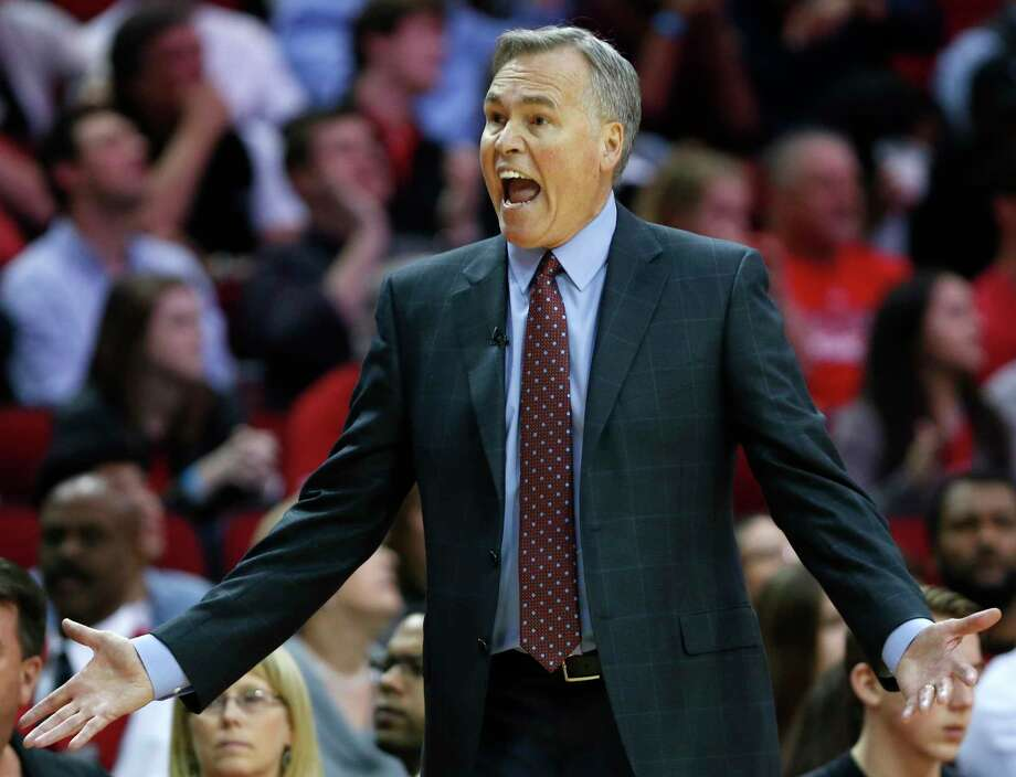 Houston Rockets head coach Mike D'Antoni argues a call during the fourth quarter of an NBA basketball game against the Cleveland Cavaliers at Toyota Center on Sunday, March 12, 2017, in Houston. ( Brett Coomer / Houston Chronicle ) Photo: Brett Coomer, Staff / © 2017 Houston Chronicle