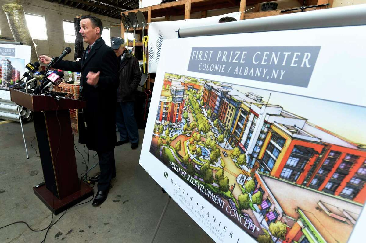 William Hoblock of Richbell Capital speaks at the announcement Thursday Dec. 15, 2016 about the redevelopment of the former First Prize Packing Company in Albany, N. Y (Skip Dickstein/Times Union)
