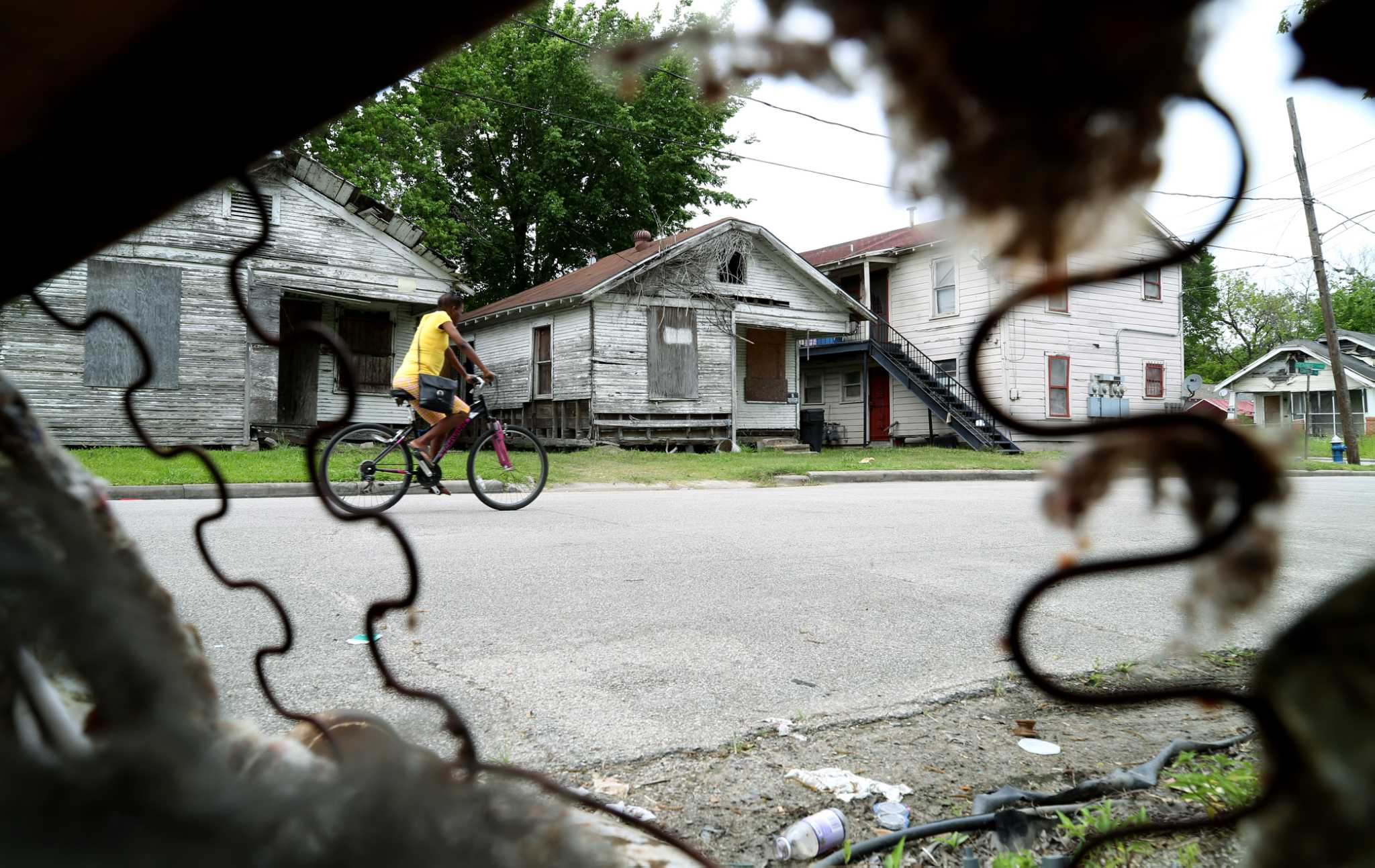 city seeks to thaw housing voucher freeze with $3.4m in rental