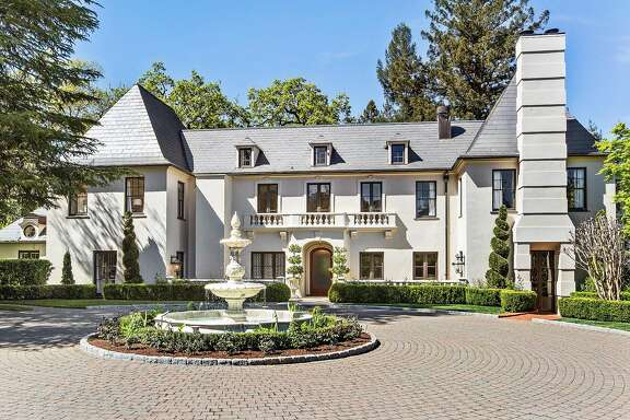 11 Circle Drive is a handsome Tudor set on nearly 2 parklike acres in Ross.�