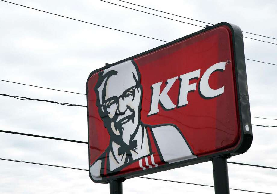 KFC is switching from freezer-to-fryer filets in favor of filets breaded in stores, similar to how rivals Chick-fil-A and Popeyes already prepare their chicken. Photo: Associated Press File Photo / Copyright 2017 The Associated Press. All rights reserved.