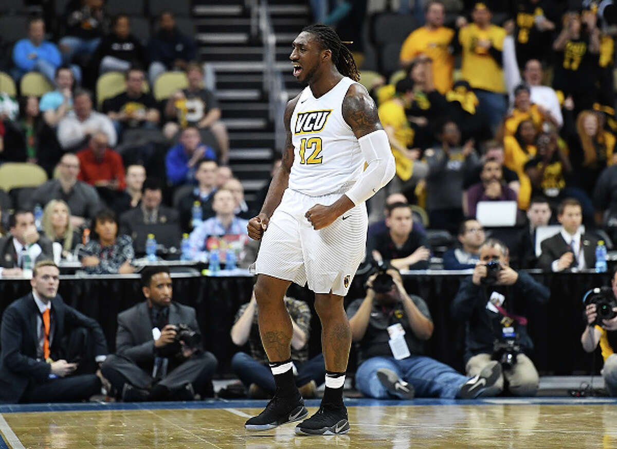 TE Mo Alie-Cox, Virginia Commonwealth It's no longer surprising when the Seahawks show interest in prospects who didn't play college football. At 6-foot-6, 262 pounds, Alie-Cox has the build of an NFL tight end and reportedly impressed during his pro day. Seattle hosted the VCU power forward on a visit.