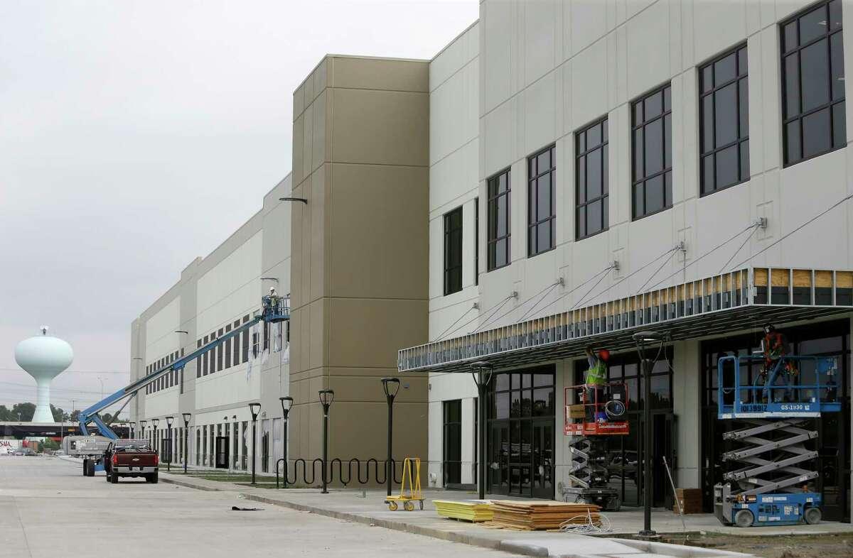 The Amazon.com fulfillment center,10550 Ella Blvd., is shown under construction Wednesday, April 12, 2017, in Houston. ( Melissa Phillip / Houston Chronicle )