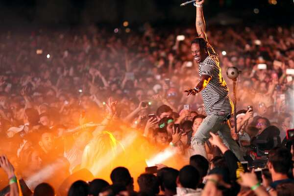 INDIO, CA - APRIL 14:  Rapper Travis Scott performs on the Outdoor Stage during day 1 of the Coachella Valley Music And Arts Festival (Weekend 1) at the Empire Polo Club on April 14, 2017 in Indio, California.  (Photo by Christopher Polk/Getty Images for Coachella)