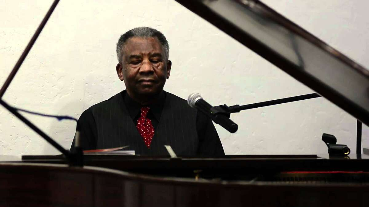 William Bell was the College of Alameda's music department chair for 32 years.