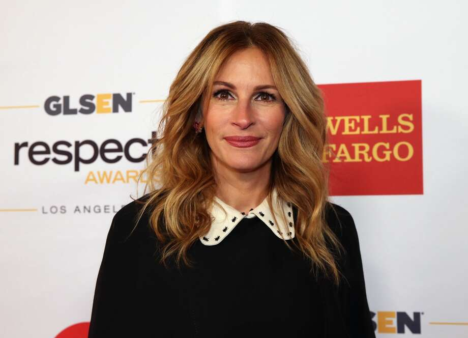 Honorary Co-Chair Julia Roberts attends the 2016 GLSEN Respect Awards - Los Angeles at the Beverly Wilshire Four Seasons Hotel on October 21, 2016 in Beverly Hills, California. Photo: Jonathan Leibson/Getty Images For GLSEN