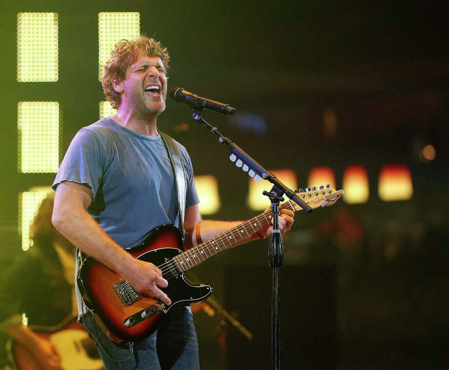 Billy Currington takes the stage Thursday at House of Blues. Photo: Karen Warren, Staff / © 2016  Houston Chronicle