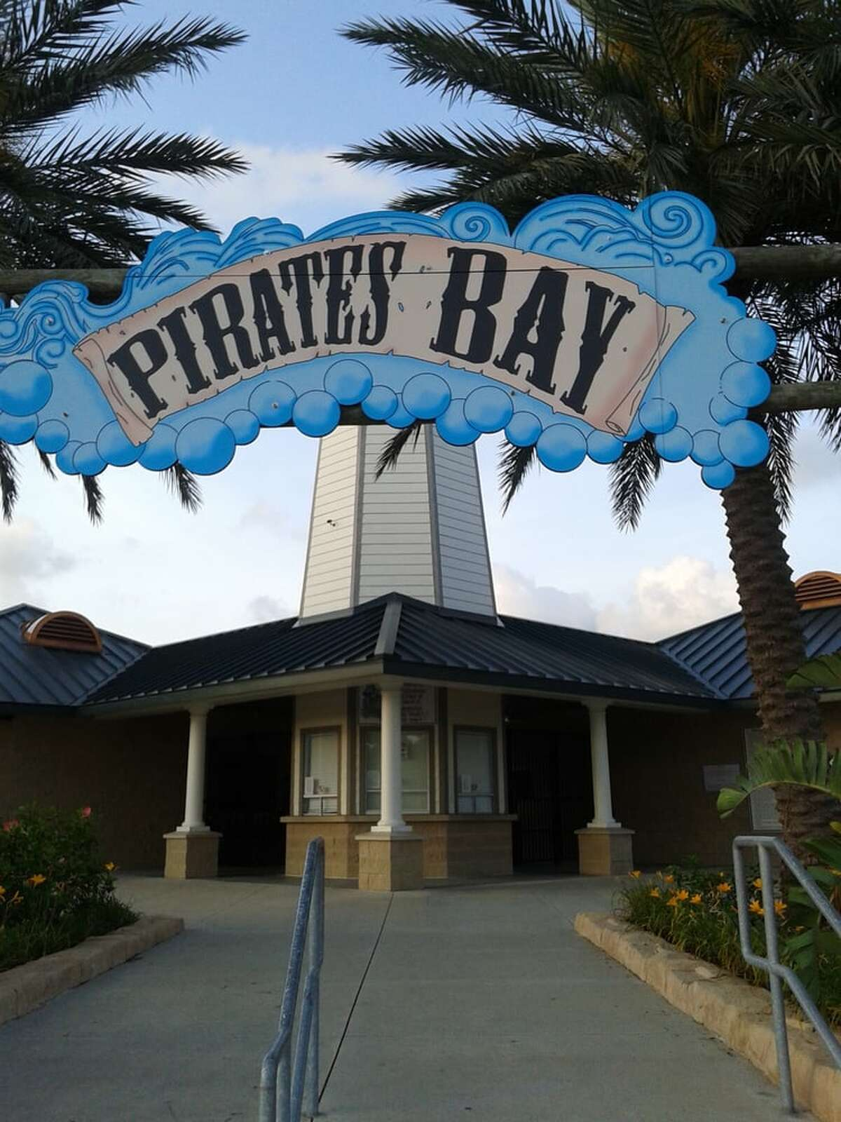 2) Pirates Bay Water Park Address: 5300 E Rd, Baytown, TX 77521 Website: baytown.orgPhoto: Pam L/ Yelp