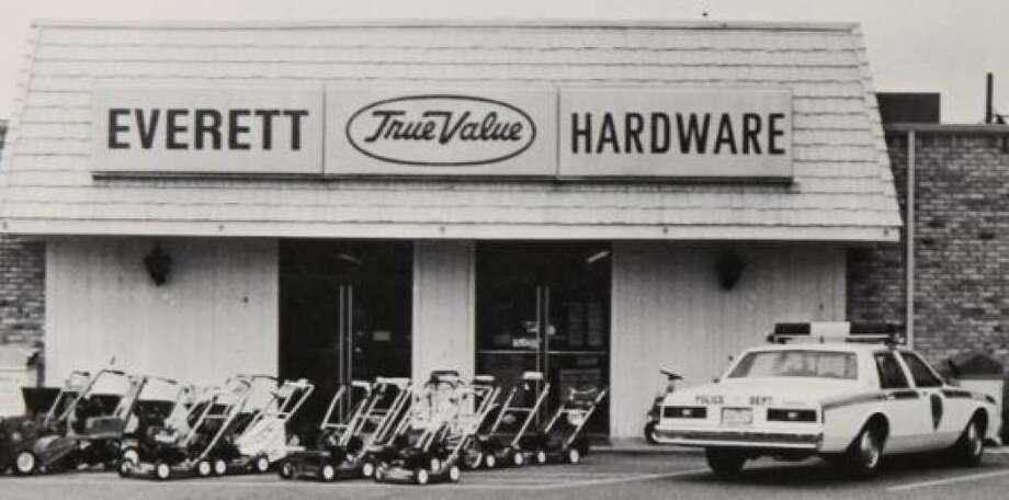 Everett's TruValue Hardware in 1980 in downtown Conroe.