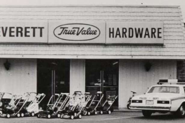 Everett's TruValue Hardware in 1980 in downtown Conroe.