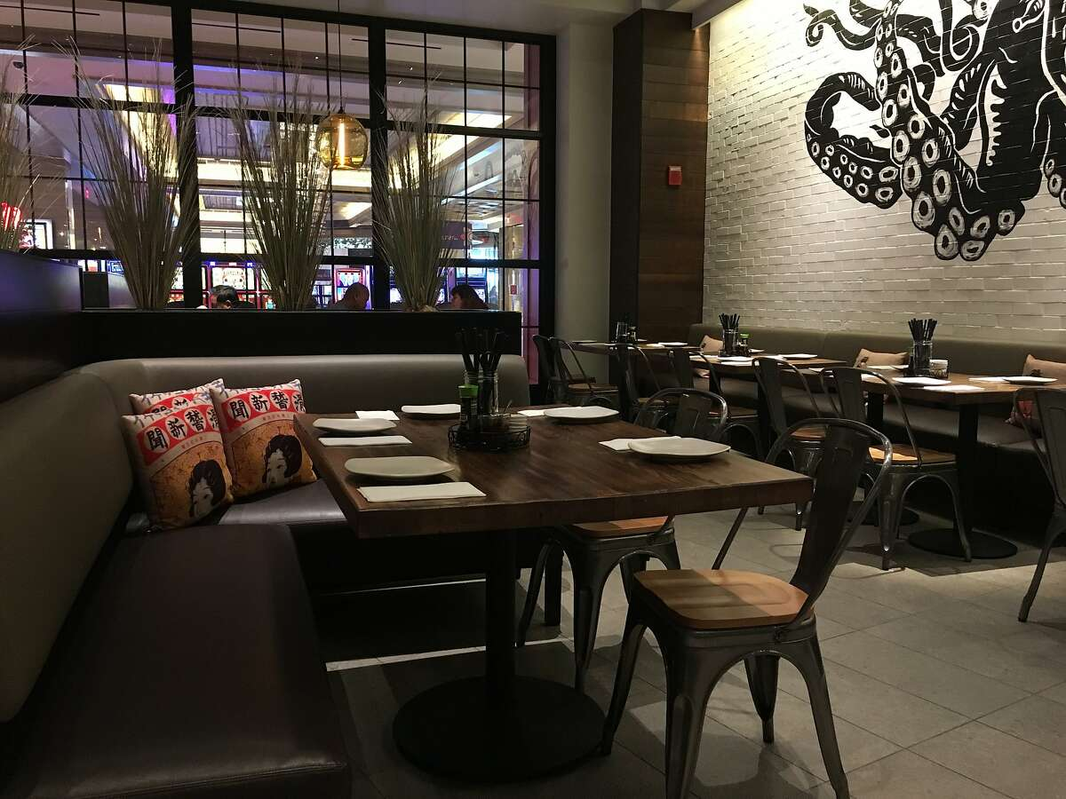 The BoatHouse Asian Eatery, serving Japanese and other EastAsian cuisines, has become a popular dining option sincedebuting at Graton Resort � Casino in November.