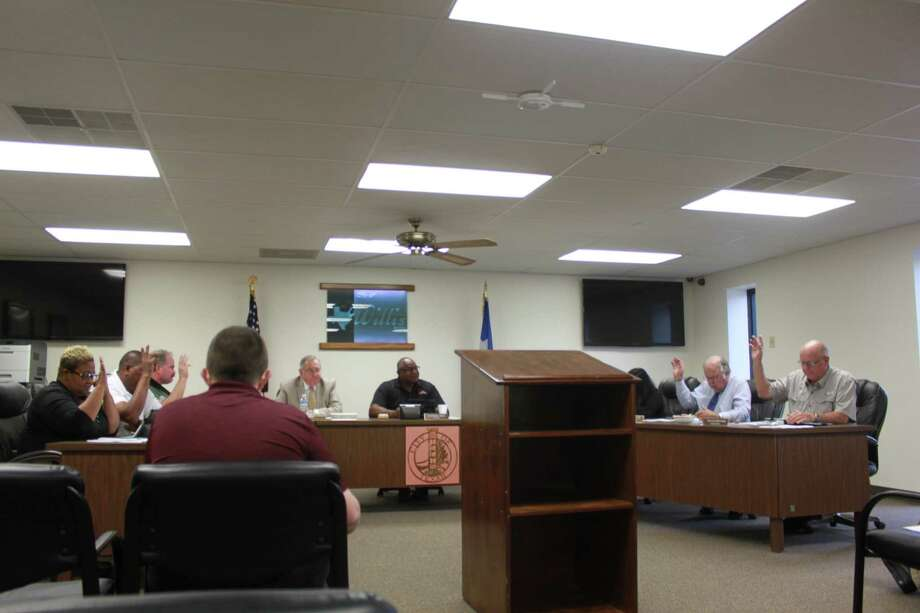 The city of Willis unanimously passed a resolution opposing Senate Bill 715 during its regular meeting Tuesday. Photo: Meagan Ellsworth