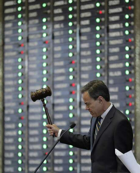 Texas Speaker of the House Joe Straus, R-San Antonio, strikes his gavel during debates in the House, Wednesday, April 19, 2017, in Austin, Texas, where debate over school finance is set to begin. (AP Photo/Eric Gay) Photo: Eric Gay, STF / Associated Press / Copyright 2017 The Associated Press. All rights reserved.