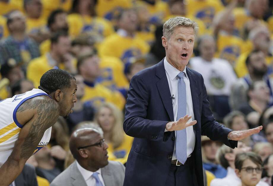 Pain from previous surgeries to keep Warriors' Steve Kerr sidelined