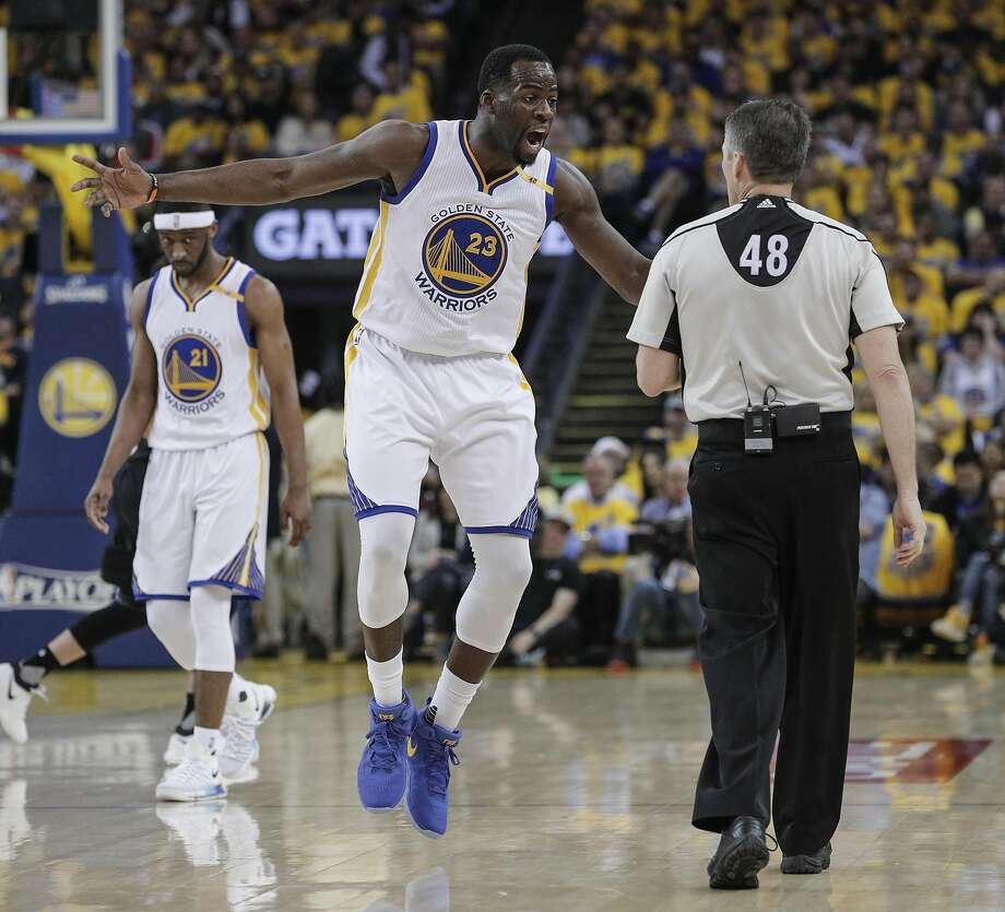 Golden State Warriors' Draymond Green reacts to a call in the first quarter during Game 2 of the First Round of the Western Conference 2017 NBA Playoffs at Oracle Arena on Wednesday, April 19, 2017 in Oakland, Calif. Photo: Carlos Avila Gonzalez, The Chronicle