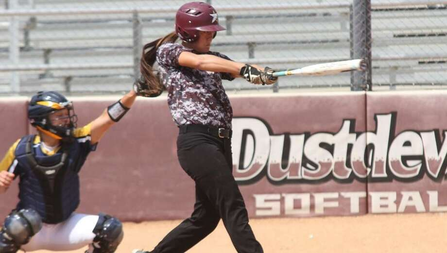 TAMIU lost two games on the road at Texas Woman's University Wednesday falling 2-1 and 8-5. Photo: Courtesy Of TAMIU Athletics, File
