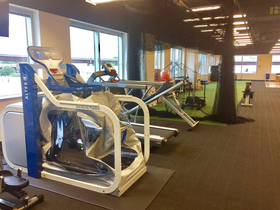 The Houston Methodist Orthopedics & Sports Medicine clinic has a new location in the Woodlands. Photo courtesy of Houston Methodist Orthopedics & Sports Medicine / This image must be used within the context of the news release it accompanied. Request permission from issuer for other uses.