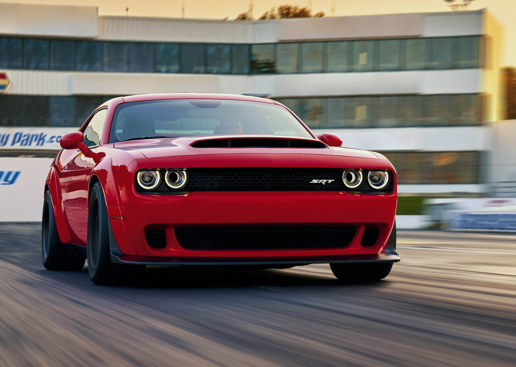 Dodge whips up a batch of 808-hp Challengers for 2018